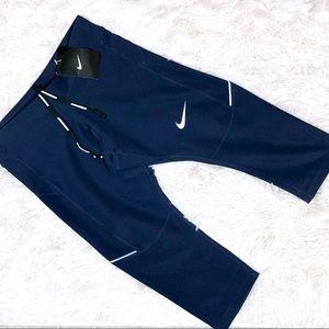 NWT Nike SZ XS Blue Capris